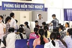 ha noi gan 7000 nguoi nop ho so xin huong tro cap that nghiep