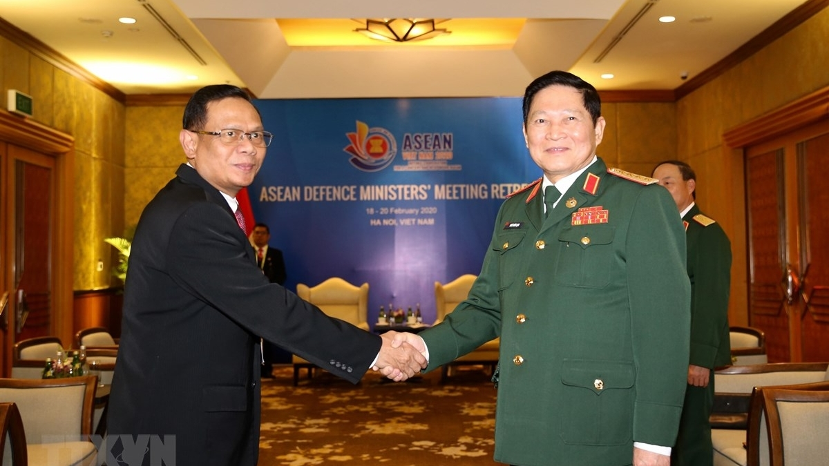 viet nam indonesia day manh hoat dong hop tac quan su