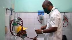 Doanh nghiệp Việt tặng 100 tấn gạo giúp y, bác sỹ Cuba tuyến đầu chống dịch COVID-19