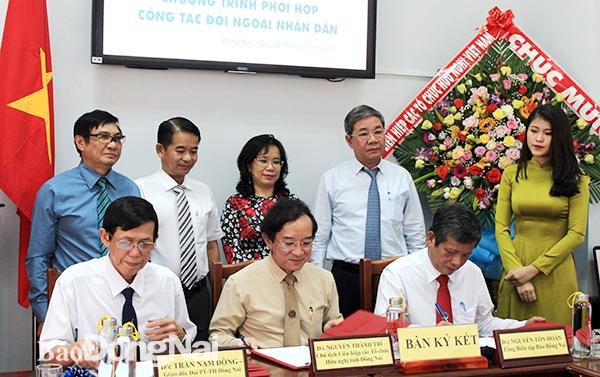 dufo ky ket chuong trinh phoi hop cong tac doi ngoai nhan dan giai doan 2020 2025