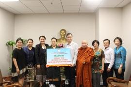 HUFO, Hội hữu nghị Việt Nam-Lào thành phố Hồ Chí Minh trao tặng 5.000 khẩu trang cho sinh viên Lào