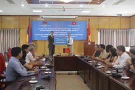 Hội hữu nghị Việt Nam-Armenia trao 121 triệu đồng giúp nhân dân nước bạn chống COVID-19