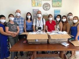 Chính phủ trao tặng 10.000 khẩu trang cho cộng đồng người Việt Nam tại Cộng hòa Síp