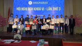 16 tập thể và cá nhân người Việt tại Séc được vinh danh vì nỗ lực giúp người dân nước sở tại chống COVID-19