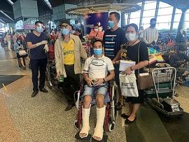 Máy bay đưa hơn 300 công dân Việt Nam từ Malaysia đã hạ cánh an toàn