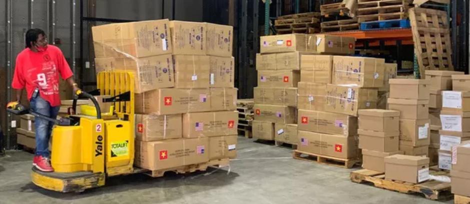 2 tấn khẩu trang Thủ đô Hà Nội trao tặng cho thành phố New York chống COVID-19 đã tới nước bạn