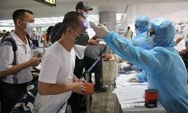 Tiếp tục đưa thêm 240 công dân Việt Nam từ Singapore về nước