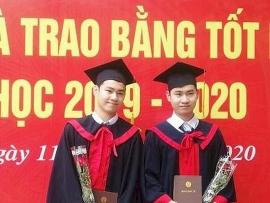Anh em song sinh mang hai dòng máu Lào – Việt trở thành tân cử nhân Y dược tại Việt Nam