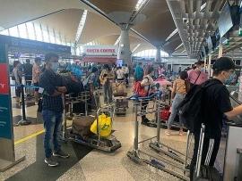 350 công dân Việt Nam từ Australia về nước an toàn
