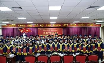 Đại học Y Dược tỉnh Thái Bình trao bằng tốt nghiệp cho 48 tân bác sỹ y khoa Lào, Campuchia