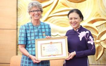 Đại sứ María Jesús Figa López-Palop - người đóng góp thiết thực cho bình đẳng giới và tăng quyền phụ nữ ở Việt Nam