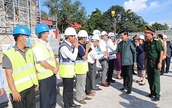Nhà Quốc hội Lào mới  - món quà Việt Nam tặng Lào đã hoàn thiện kết cấu và xây thô