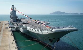 Đòi thị uy ở Biển Đông, tàu sân bay Trung Quốc là
