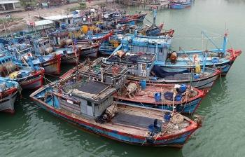 Phát triển kinh tế biển song song với bảo vệ chủ quyền lãnh thổ