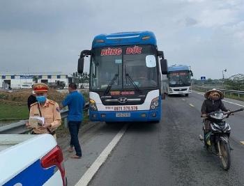 Quảng Ngãi: Tạm giữ xe khách Hùng Đức, khẩn trương truy vết hành khách xuống xe dọc đường