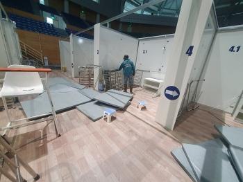 Tháo dỡ bệnh viện dã chiến Tiên Sơn ở Đà Nẵng đưa ra Hải Dương phục vụ chống dịch