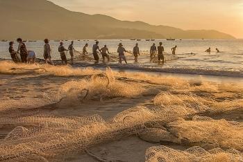 Bình minh ở làng chài Thọ Quang