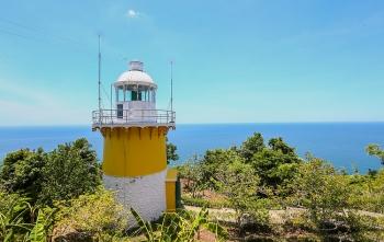 Ra mép biển checkin ngọn hải đăng cổ ở Đà Nẵng
