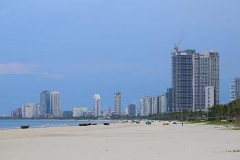 Đà Nẵng ngày biển vắng