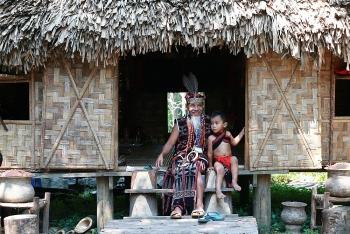 Khi làng văn hóa chuyển mình làm du lịch