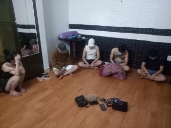Quảng Ngãi: Phát hiện 35 người tụ tập trong nhà nghỉ bất chấp lệnh cấm phòng, chống dịch covid-19
