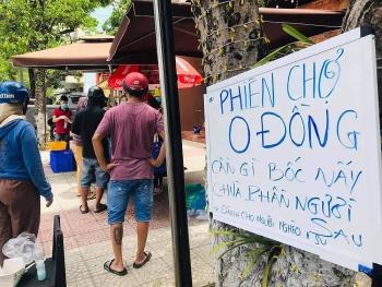 Đà Nẵng: Ấm lòng từ phiên chợ 0 đồng
