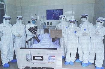 Bệnh nhân COVID-19 tiên lượng tử vong được chữa khỏi tại BV Phổi Đà Nẵng