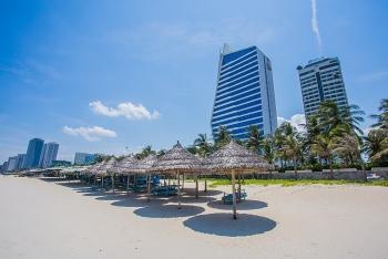 Từ 11-9, Đà Nẵng mở cửa trở lại các dịch vụ tắm biển, nhà hàng ăn uống
