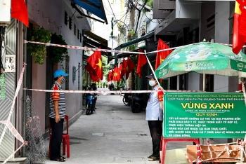 Đà Nẵng vắng lặng nhưng vẫn rợp cờ hoa ngày lễ Độc Lập