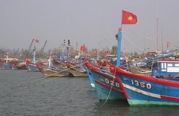 Vẫn còn hàng ngàn ngư dân đang trong khu vực nguy hiểm ở vùng biển Quảng Nam