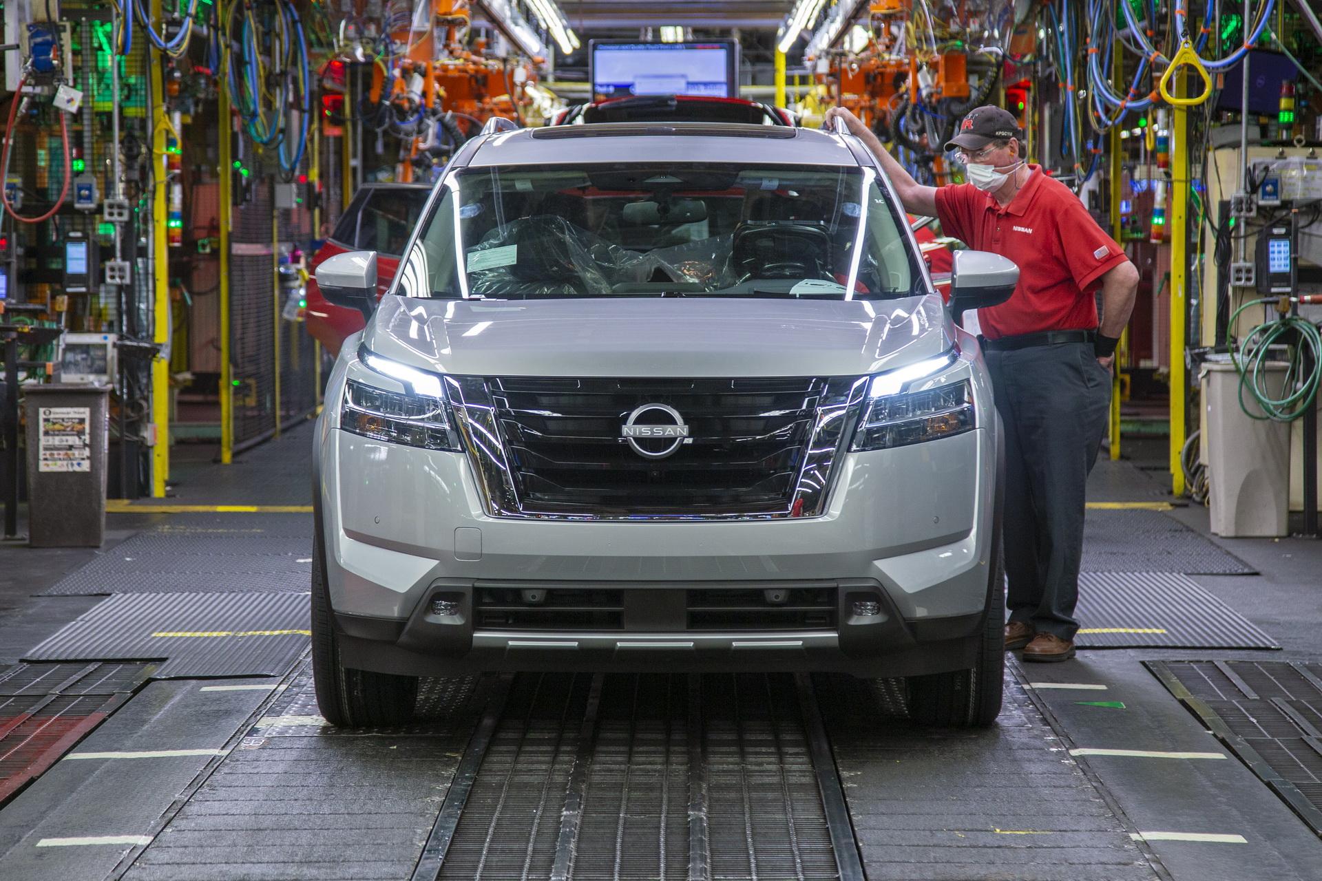 Nissan Pathfinder 2022 bắt đầu sản xuất, đàn anh của X-Trail 2022-nissan-pathfinder-01.jpg