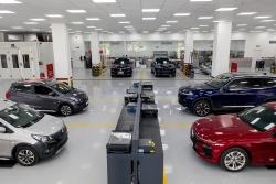 VinFast tặng phí trước bạ và gia hạn bảo hành cho 2 mẫu xe Lux