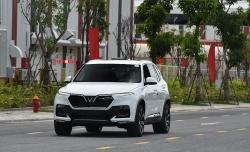 Giá xe ô tô VinFast mới nhất tháng 8/2020: Miễn trước bạ, ưu đãi gần 200 triệu