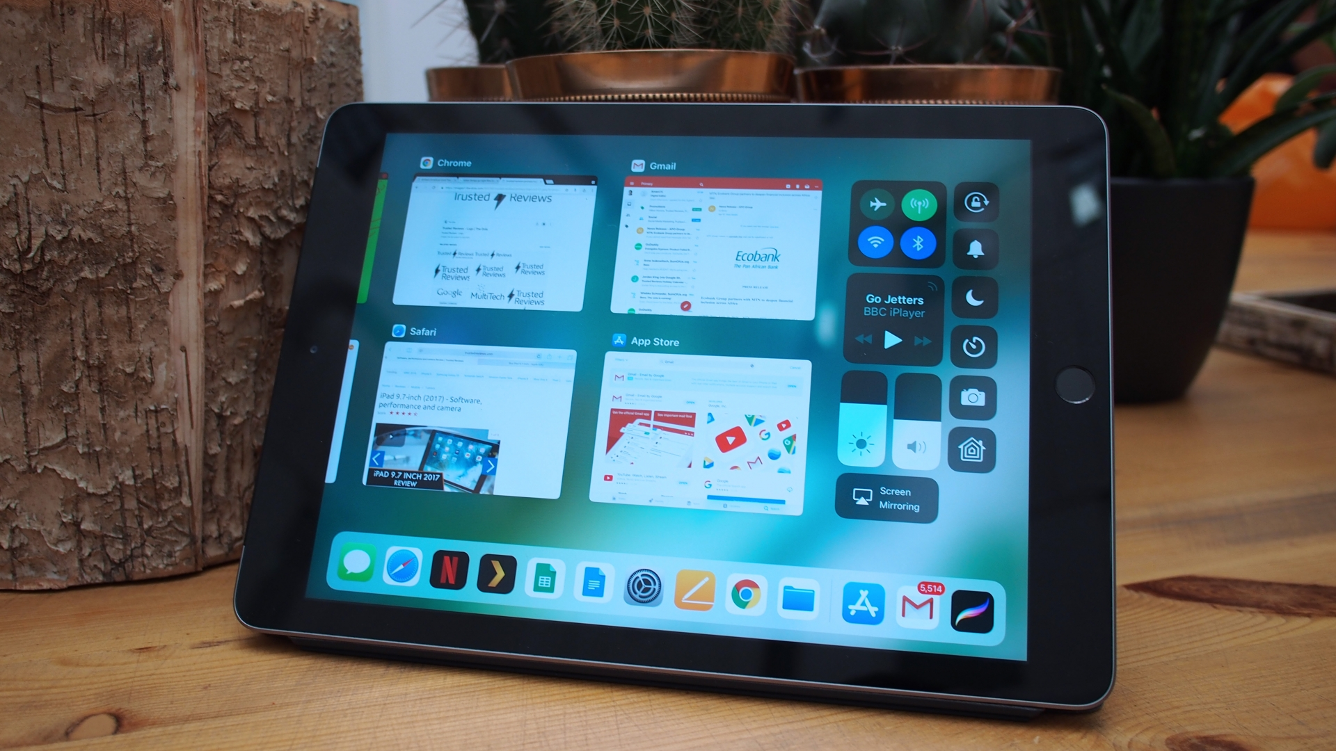 apple se khai tu ipad 97 inch trong nam 2019