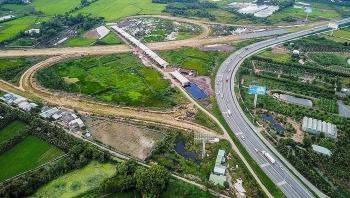 Thủ tướng yêu cầu thông tuyến cao tốc Trung Lương - Mỹ Thuận cuối năm nay