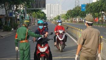 TP.HCM tăng cường giãn cách, xét nghiệm diện rộng toàn thành phố
