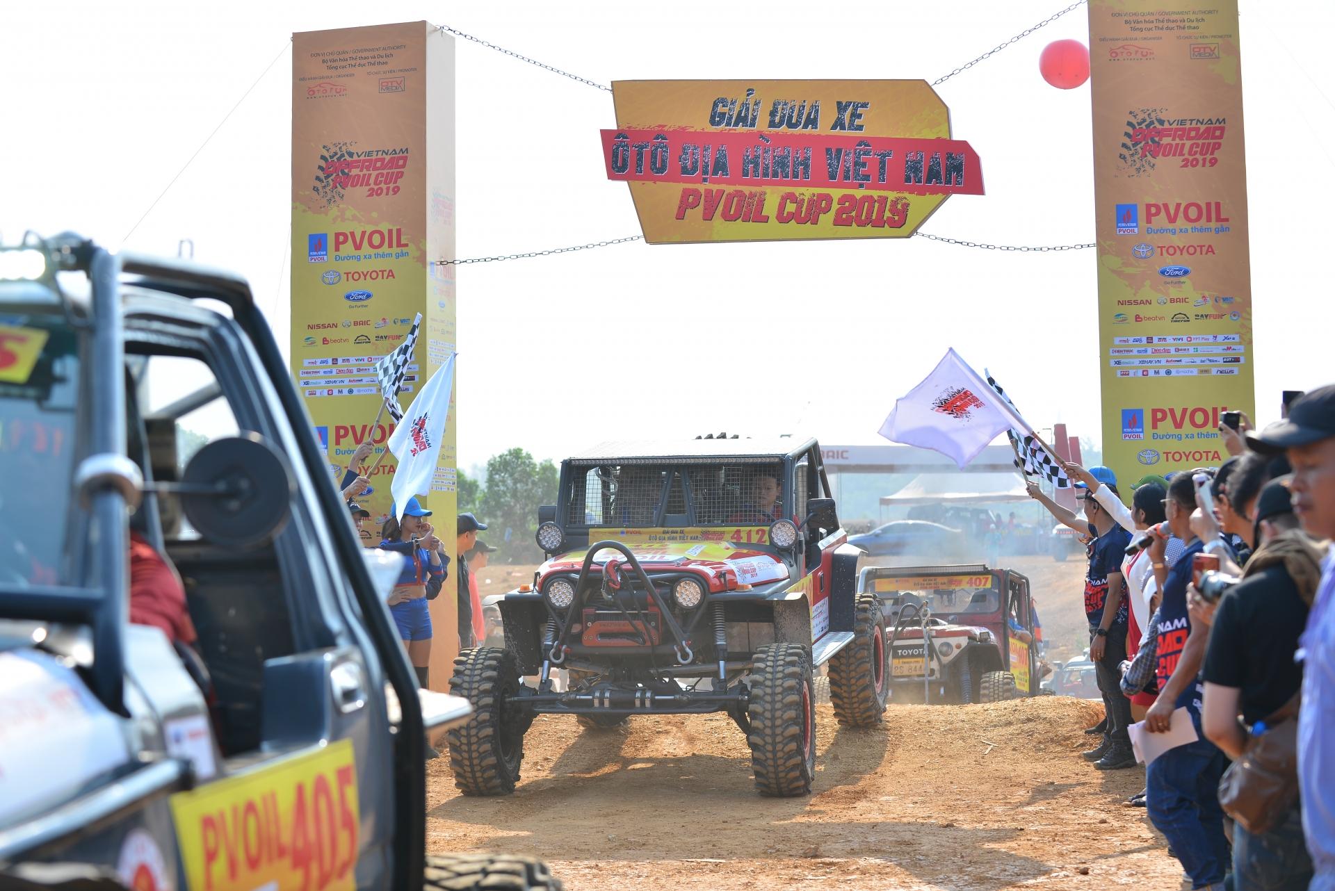 giai dua xe offroad lon nhat 2019 chinh thuc khoi tranh