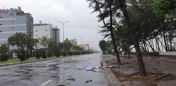Diễn biến bão số 9: Bờ biển Đà Nẵng – Phú Yên có gió giật cấp 15