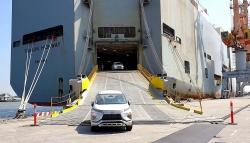 Ô tô nhập khẩu giảm quá nửa, xe nhập liệu có tăng giá?