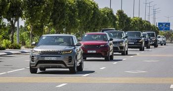 Nhiều ưu đãi dịp cuối năm cho chủ xe Jaguar và Land Rover