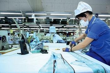 Dịch Covid-19 diễn biến phức tạp, hoạt động sản xuất công nghiệp bị ảnh hưởng nặng nề