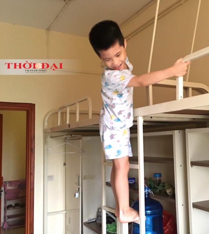 Người dân Thanh Xuân Trung thấy yên tâm về cuộc sống trong khu cách ly tập trung