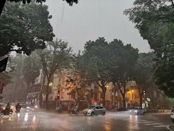 Dự báo thời tiết 8/9: Cả nước có mưa dông
