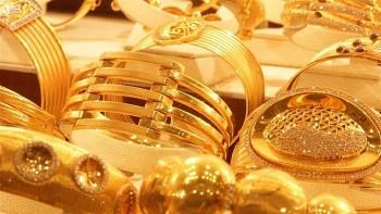 Giá vàng thế giới phục hồi nhẹ sau khi lao dốc