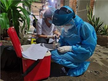 Rút nhân lực y tế các địa phương chi viện chống dịch Covid-19 ở TP.HCM trước ngày 15/10