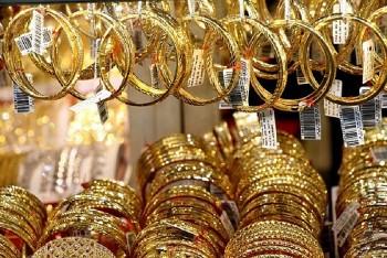 Giá vàng trong nước áp sát mốc 58 triệu đồng/lượng