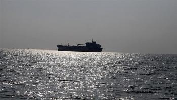 Iraq sơ tán khẩn cấp một tàu chở dầu sau khi phát hiện một quả mìn được gắn ngay mạn tàu