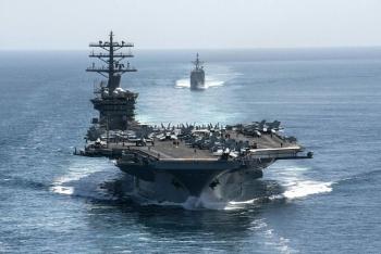 Tàu sân bay USS Nimitz Mỹ tiếp tục ở lại vùng Vịnh giữa căng thẳng với Iran