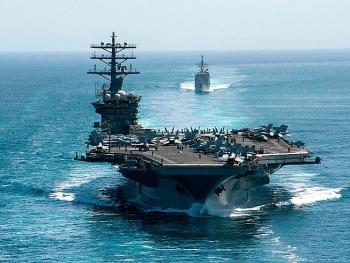 Ông Trump can thiệp để giữ tàu sân bay Nimitz gần Iran?