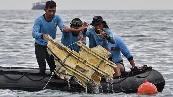 Đã xác định được vị trí hộp đen chiếc máy bay Indonesia chở hơn 60 người mất tích